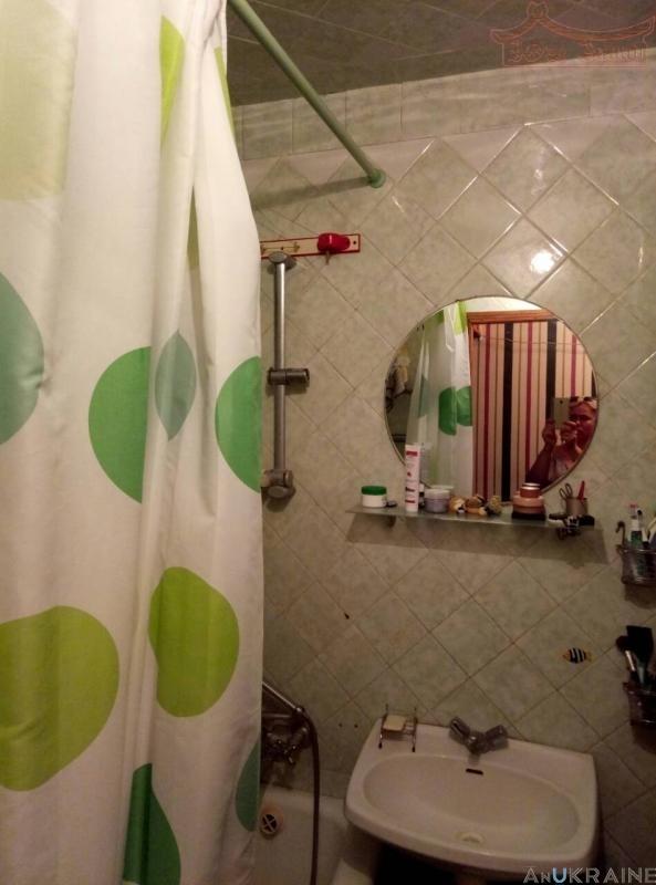 продажа трехкомнатной квартиры номер A-88399 в Киевском районе, фото номер 3